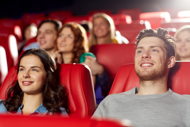 To mennesker som ser film
